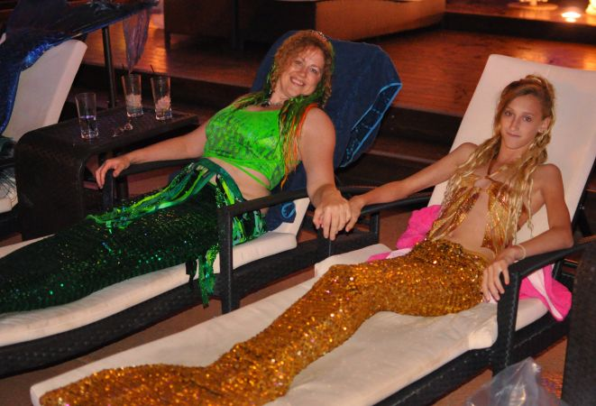 Mermaid Convention Photography #312<br>4,015 x 2,733<br>Published 4 years ago